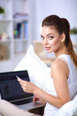 Woman shopping online with credit card and computer.Internet Shopping — Stock Photo