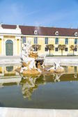 Danube, Inn, and Enns fountain statues at the Schonbrunn Palace in Vienna — Stock Photo