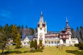Beautiful former royal Peles castle, Sinaia, Romania — Stock Photo