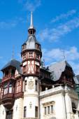 Tower view of the former royal Peles castle, Sinaia, Romania — Stock Photo
