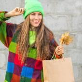 Shopping autumn woman — Stock fotografie