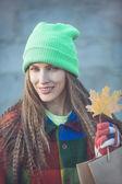 Shopping autumn woman — Stock Photo