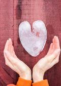 Corazón de hielo — Foto de Stock