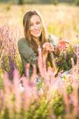 Romantic beauty woman outdoor portrait — Stockfoto