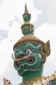 Measure giant in Arun temple of Bangkok, Thailand, face closeup — Stockfoto