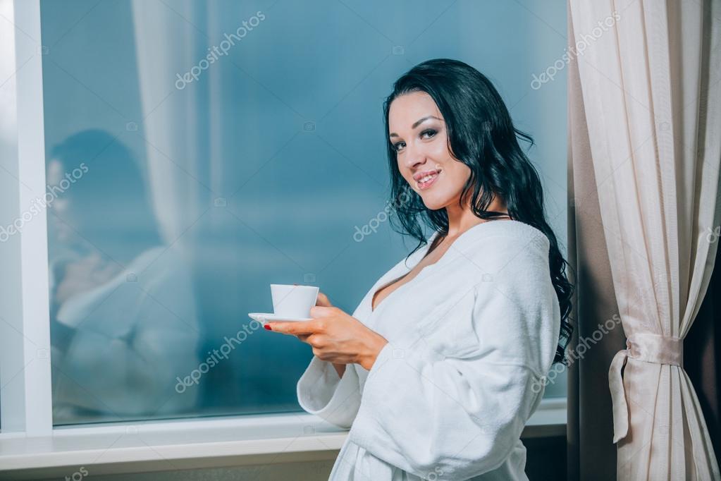 Женщины в халате смотреть фото 520-456