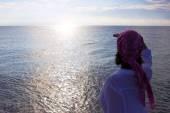 Enjoying the sea all senses — Stock Photo