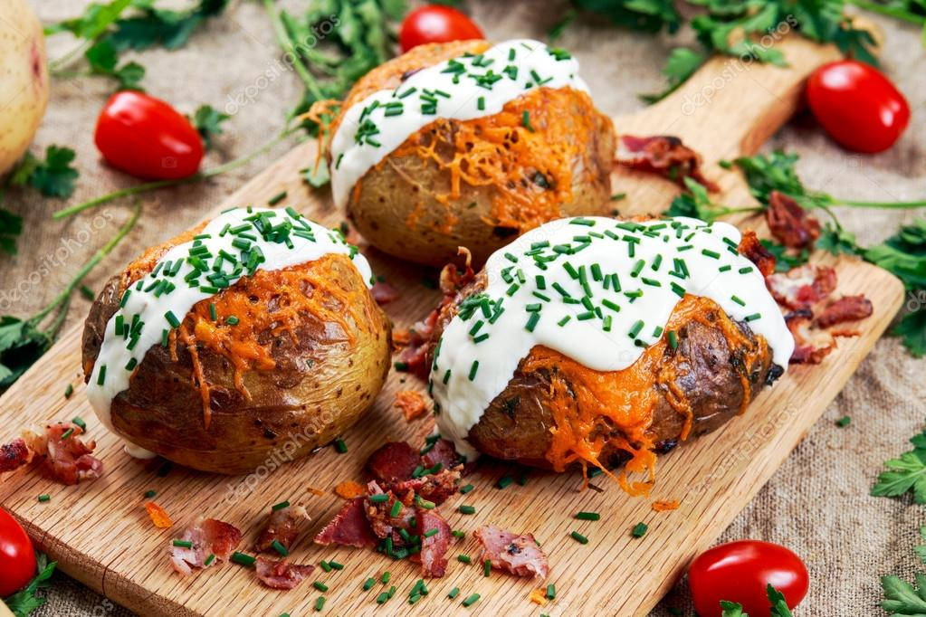 Рецепты картофеля с начинкой запеченного в духовке