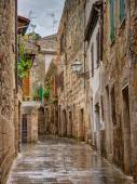 Alley in old town Pitigliano Tuscany Italy — Foto Stock
