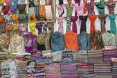 Pashmina scarves grand Bazaar Istanbul — Stock Photo