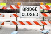 Bridge closed sign — Stock Photo