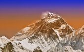 Sunset intense color filtered picture of Everest, Nepal. — Stock Photo