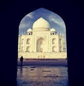 Vintage retro filtered picture of Taj Mahal, India. — Stock Photo