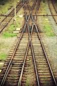 Vintage retro filtrerad bild av järnvägsspår. — Stockfoto