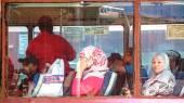 Passagiers van stadsbus. — Stockfoto