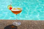 Cocktails near the swimming pool on summer — Stok fotoğraf