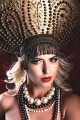 Russian Beauty. Attractive female wearing in kokoshnik. Womans headdress in old Russia — Foto Stock