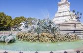 欧冠的喷泉。法国波尔多. — 图库照片