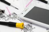 Technical operator and repair smartphone — Stock Photo