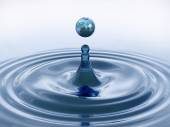 Drop of water with the texture of Earth. — Foto Stock