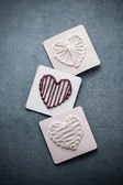 Yarn Wrapped Hearts — Stock Photo