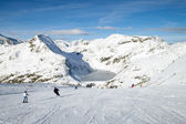 Skiers on slope in Austria — Stock Photo