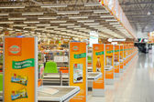Checkout lane of Globus supermarket — Stock Photo