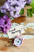 Two tone Lilac flowers with Good Morning note — 图库照片