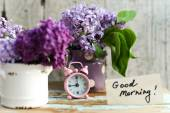 Two tone Lilac flowers with Good Morning note — Stok fotoğraf