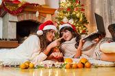 Shopping online for Christmas — Stock Photo