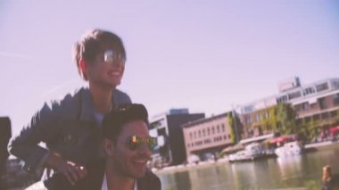 Cool couple piggyback — Vídeo Stock