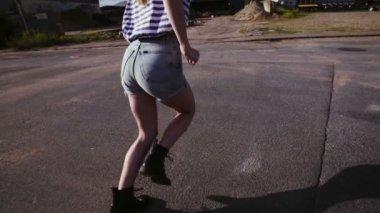 Girl Running in Urban Area — Stock Video