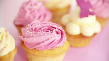 Różowy babeczki — Wideo stockowe