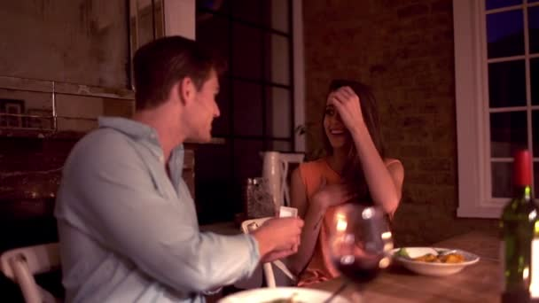 Loving man proposing to girlfriend — Vidéo