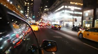 Yellow cabs driving in Manhattan — Stock Video
