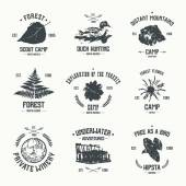 Adventure camp emblems — 图库矢量图片