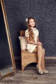 Portrét módní dětské studio zastřelil — Stock fotografie