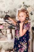 Fashion interior photo of beautiful girl — Stock Photo