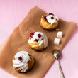 Cakes from cottage cheese with cranberry jam — Stock Photo #74132061