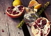 Ripe Juicy pomegranate — ストック写真
