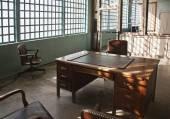 Interior viejo con muebles — Foto de Stock