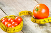 Tomatoes and meter — Stock Photo