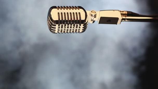 Microphone and white smoke — Vidéo
