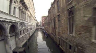 Bridge of Sighs in Venice — Stock Video