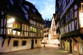Medieval cityscape in hystorical part of Strasbourg, Alsace region, France — Stock Photo