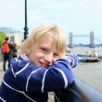 Happy boy enjoying trip to London — Stock Photo #73982025