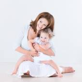 Mother and baby daughter — Stock Photo