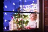 Girl at Christmas eve — 图库照片