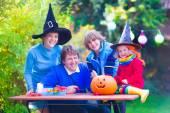 Family on Halloween — Stock Photo