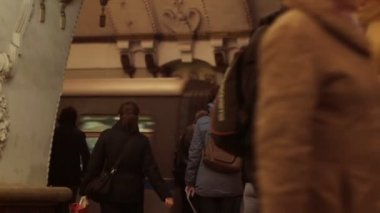 People in Moscow metro — Stock Video
